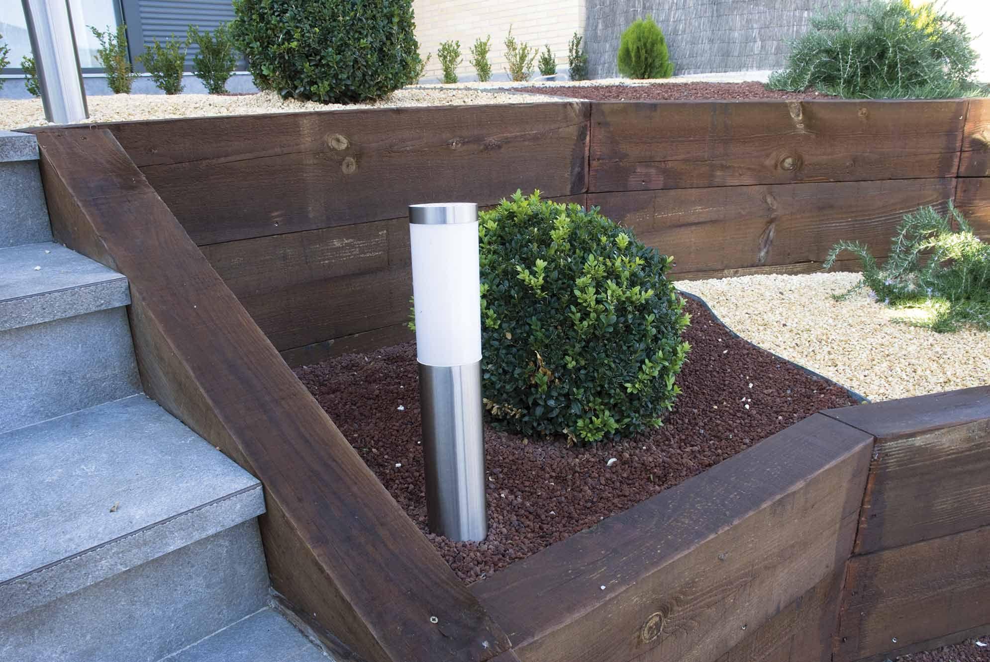 traviesas de madera para jardin